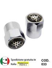 4 X ARGENTO CROMATO TAPPI Polvere Valvola Pneumatico Nero adatto a NISSAN