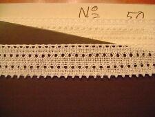 dentelle ancienne blanche long.15 mètres,2 cm de large  dentelle au fuseau N° 52