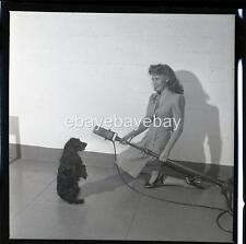 ww2 radio command performance soldiers dog barks PHOTO dinah shore florea RE116