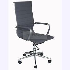 Chaises gris pour PME, artisan et agriculteur