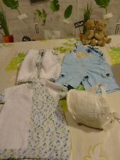 lot 4piéces pour bébé ou gros poupon 40-50cm neufs !!!!avec bonnet