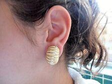 Vintage Mimi Di N cream enamel gold effect clip on costume earrings