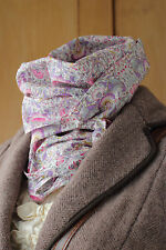 William Morris Small Lightweight Scarf Liberty Of London Lodden in Pink