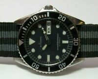 SEIKO 7S26-0050 MENS AUTOMATIC DIVER WATCH SKX023, WITH 3 STRAPS, VERY CLEAN
