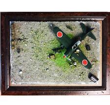 KIT IN SCALA 1/72 CON MITSUBISHI ZERO A6M E -114  DIORAMA PLASTICO