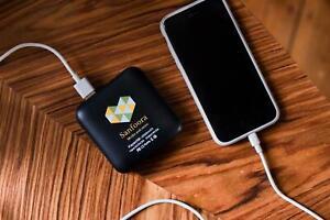 ⚡⚡Sanfoora-Mini-Powerbank 20000mAh - LED 2xUSB, 1xMicroUSB 1xUSB-C schwarz👉👍💁