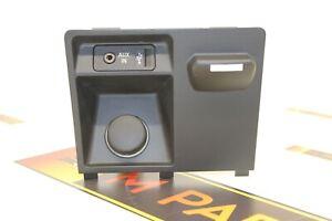 BMW E70 E71 CENTER CONSOLE 9115084 AUX-IN USB CIGARETTE LIGHTER (IT-14)