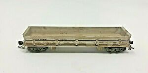 WALTHERS 932-37901 N UNION PACIFIC WEATHERED GOLD LINE DIFCO DUMP CAR 908107