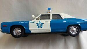 Corgi US06004 1974 Dodge Monaco Chicago Police Department 1:43