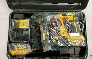 "New DeWalt DCH273P2 20V MAX XR SDS Plus L-Shape 1"" Rotary Hammer Kit"