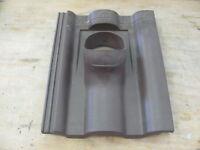Braas Grundplatte für Antenne - Dunkelbraun - etwas flacher als DBP 2261722