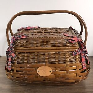 Picnic Time Highlander Willow Picnic Basket w/ Table Service for 2 Tartan Plaid