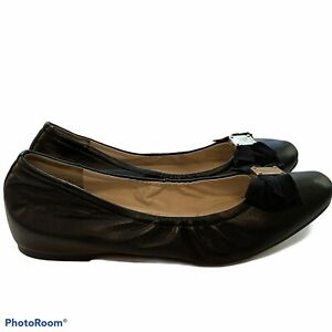 Cole Haan Stretch Bow Ballet Flats Round Toe Size 10 Gold Logo Accent A24
