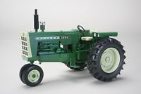 Oliver 1650 Narrow Front Tractor 1:16 Diecast Model - Speccast - SCT559 *