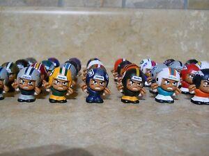 2015 NFL FOOTBALL TEENYMATES SERIES 4 - PICK YOUR FOOTBALL TEAM FIGURE NEW NEW!!