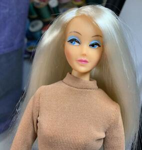 Series 4 Blonde side part Anouk Displayed only MINTY doll Must See! original of
