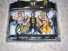 WWE Jakks Wrestling Figuren Classic Superstars Sabu Terry Funk MOC signed DWA
