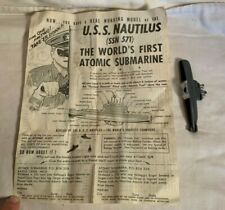 Vintage USS NAUTILUS Nuclear Submarine KELLOGGS Cereal Premium toy + INSTRUCTION