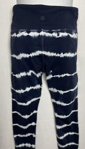 Athleta Womens Leggings Size Medium Blue/White Tie Dye Capri Pants EUC