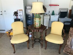 accent arm chair set of 2, Calico Crnrs upholstered seat and back, wood arms/leg
