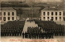 CPA MILITAIRE Remiremont-Le 5e Bataillon de Chasseurs dans la cour (317643)
