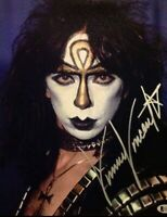 Vinnie Vincent Ankh Makeup Kiss 8x11 Photo Autograph Creatures of the Night