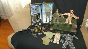LOT 1997 & 2001 HASBRO GI Joe, Weapons, Accessories & 2002 SOLDIERS OF THE WORLD
