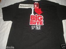 7-Eleven 7-11 Big Bite Shirt Adult Black Large Adult Advertising Store