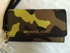 BNWT Michael Kors iPhone 5S Wristlet. Acid Lemon Camoflauge. RRP £89