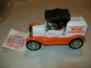 "Ertl #9935 ""University Of Tennessee #1 L.E."" 18 Runabout Bank 1:25 Scale MIB"