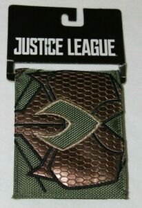 DC Comics Justice League Aquaman Green and Gold Scales Embossed Bi-Fold Wallet