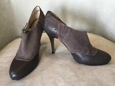 JOAN & DAVID Brown Suede & Leather Slip-On High Heel, Round Toe Pumps; Size 8M