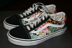Vans Off the Wall Womens Size 7.5 M Black Floral Classic Low Top Skate Shoe