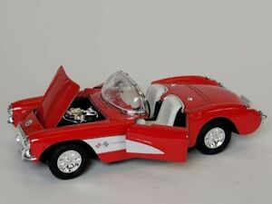 1957 Corvette Red & White Die Cast Texaco Pull Back Car SS5709 1:32 Scale