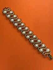Vintage Monet Gold Tone Pearl Bracelet