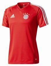 Fußball-Fan-Trikots vom FC Bayern München