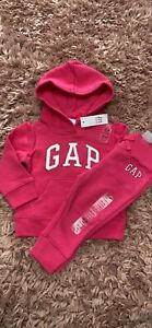 Girls Gap Tracksuit Age 12-18 Months