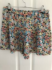 Sportsgirl Size 10 Womens Floral Loose Fit Shorts Summer Spring Casual