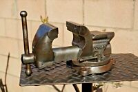 VINTAGE DUNLAP 3.5'' JAWS SWIVEL ANVIL BENCH VISE,No.5244,CAST IRON.MADE IN USA