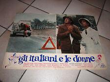 FOTOBUSTA GLI ITALIANI E LE DONNE-GIROLAMI-VIANELLO VIGILE AUTO CAR FIAT 500
