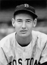 YOUNG HALL OF FAME LEGEND TED WILLIAMS RED SOX 8X10 PORTRAIT