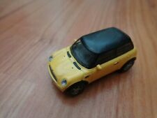 CORGI CARARAMA 1/72 CLASSIC YELLOW + BLACK ROOF MINI COOPER CAR MODEL