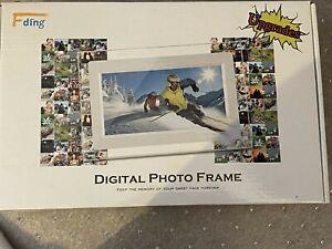 NIB FDing 7in Digital Photo Frame 16:9 LED display 1024x600 hi resolution w/ 8G