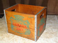 Vintage Canada Dry Ginger Ale Wood Crate D11 H-9-G1 (or6) Soft Drink Advertising