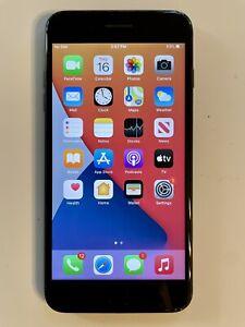 Apple iPhone 7 plus unlocked 32 GB Black MNQH2LL/A