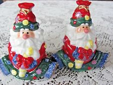 Adorable Santa Clause Christmas Salt And Pepper Shakers Set