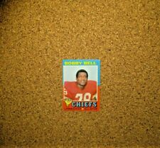 1971 Topps Football #35 Bobby Bell (Kansas City Chiefs)