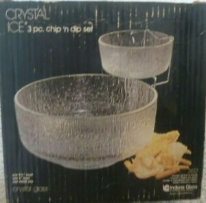 Vintage glass Textured Bark / ice Glass Chip n Dip Bowls   Crystal Ice