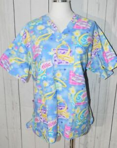 Peaches Uniforms Women's Multi-Colored Patterned Short Sleeve Scrub Shirt