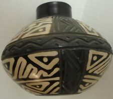 Chulucanas Pottery Hand Made Vase from Peru Signed Santodio Black Ware NO RESERV
